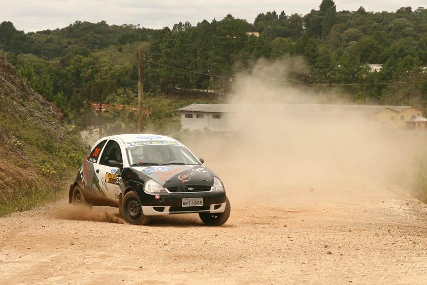 Acidente tira Zettel / Eilert do Rally de Curitiba