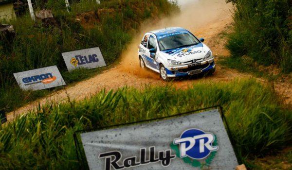 Rally das Araucárias: Leo e Fred Zettel conquistam a terceira posição pelo Paranaense de Velocidade
