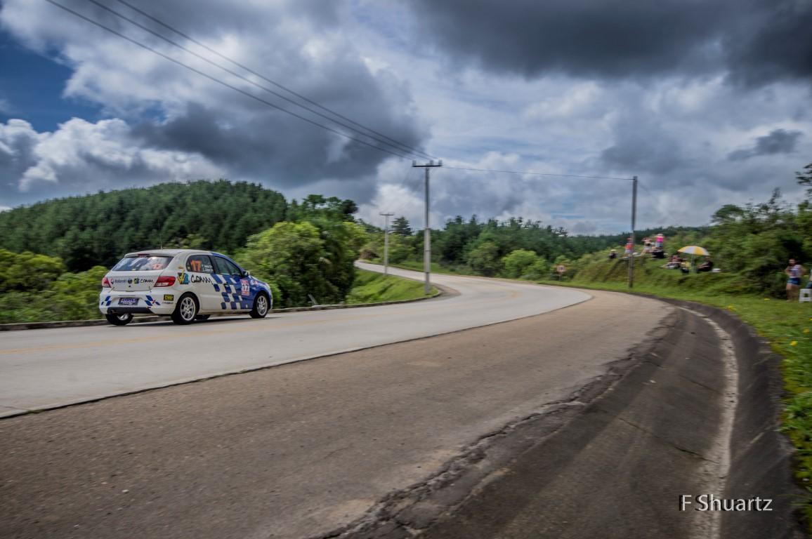 You are currently viewing Palco pronto para o encerramento da temporada 2015 de rally de velocidade