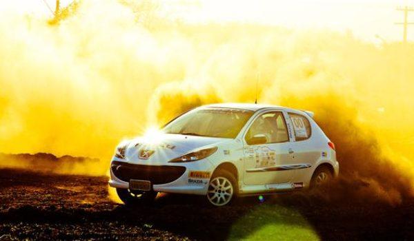 Mudanças no clima e disputas acirradas marcaram a etapa de Ponta Grossa da Copa Peugeot
