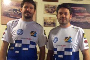 Irmãos Zettel apresentam a nova camiseta para a temporada 2015.