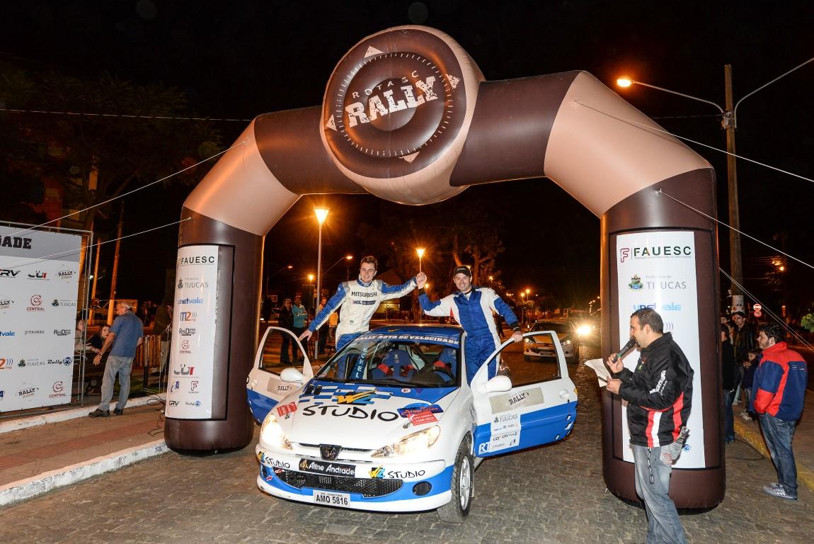 Rally Rota SC Velocidade: Aline Andrade Glasses foi apresentada aos off-roaders pela Zettel Sport