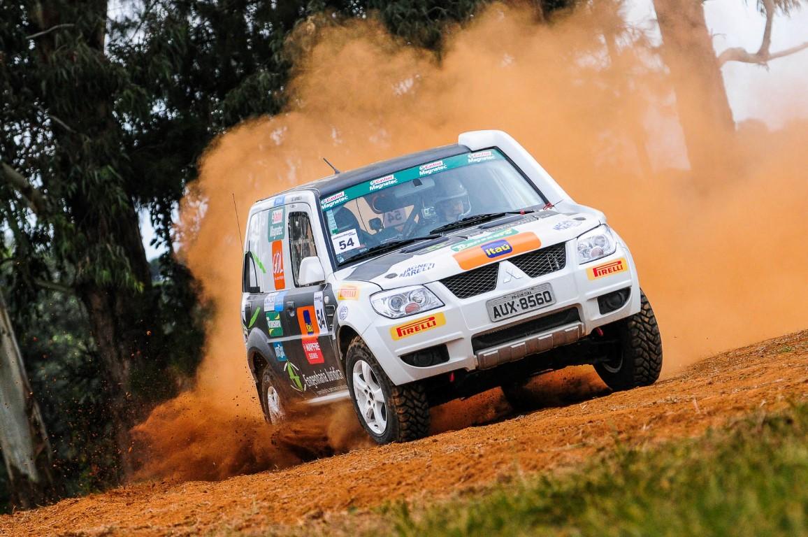 Experiência com Mitsubishi Cup agrada o piloto de Rally de velocidade