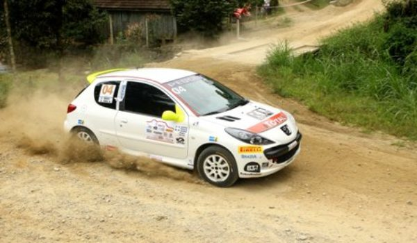 Duplas do Sul vencem etapa de Blumenau da Copa Peugeot