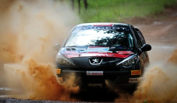 Prova técnica marca abertura da Copa Peugeot de Rally de Velocidade em Brasília (DF)